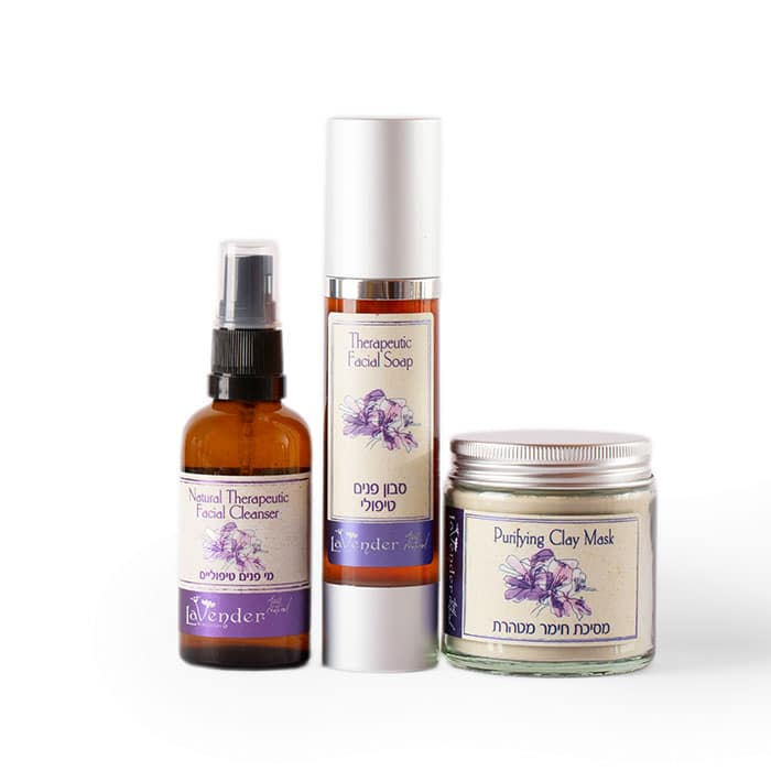 A cleanser set for oily skin that allows the skin to heal and breathe.